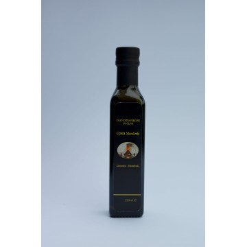 Olive oil from historic olive trees